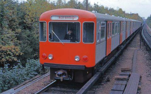 Hamburger Hochbahn 1959 - 1962 Entwurf Gugelot Entwickungsgruppe 2 - D 1_0621 c HfG-Archiv