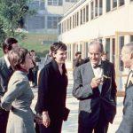 Inge Aicher-Scholl, Walter Gropius und Max Bill am Eröffnungstag der HfG, Fotograf k.A., 02.10.1955, (c) HfG-Archiv Ulm